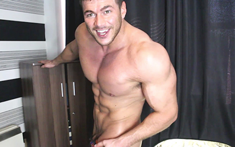 Muscle wank with Joshua Armstrong - Muscle Control 3