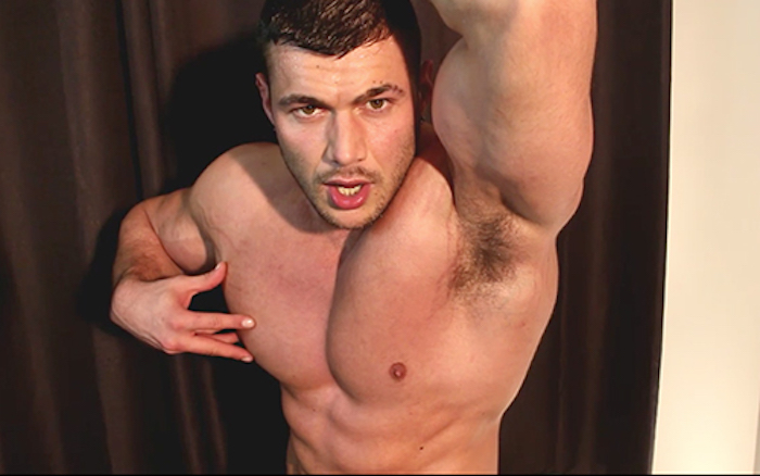 cant-resist-the-pits-joshua-armstrong-3