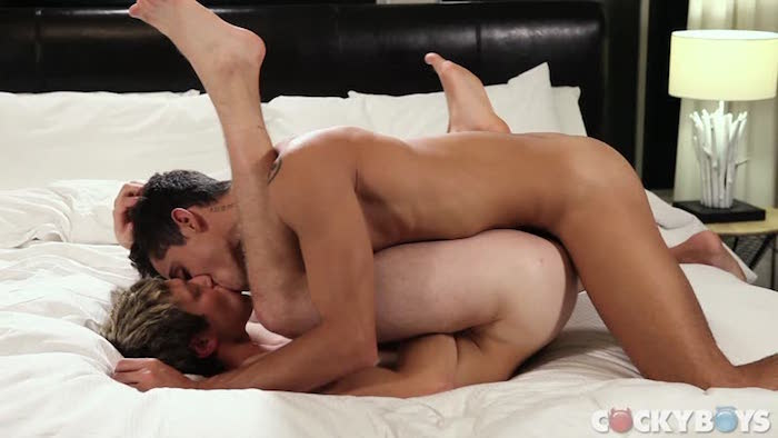 cockyboys-com-ashton-summers-fucks-benjamin-blue-10