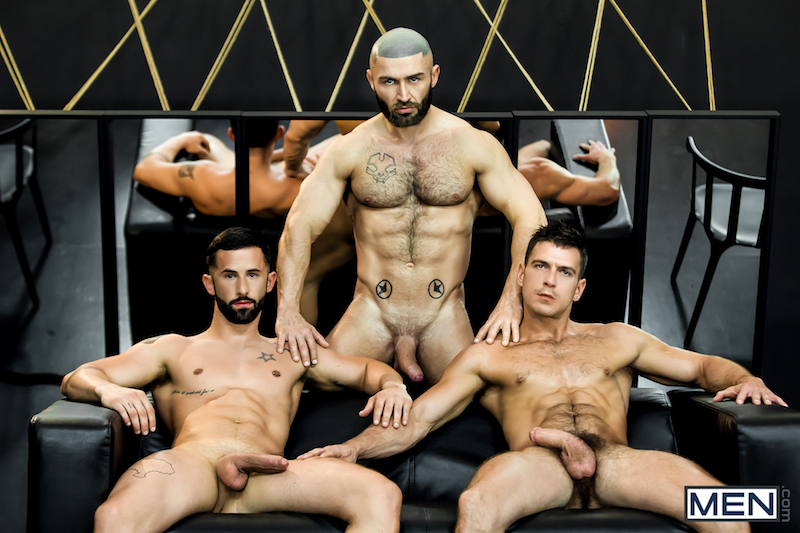muscle men threesome