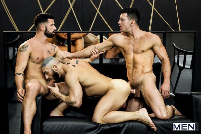 Francois Sagat fucked in a threesome