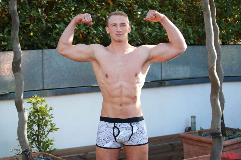 MUSCLE BOY TEEN CUM LOAD GALLERY ENGLISHLADS