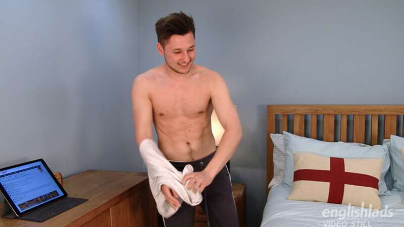 straight boy takes his shirt off for a gay hand job video